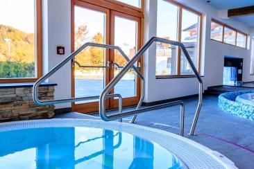 Pool-Geländer aus Edelstahl