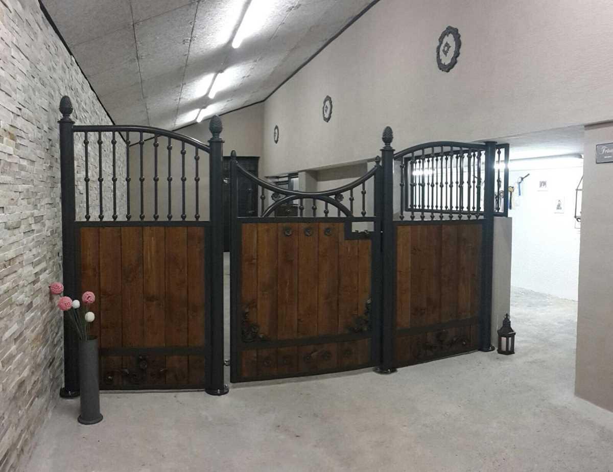 Pferdestalltor - pulverbeschichtet